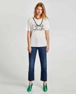 zara slogan baskılı ve inci detaylı t-shirt